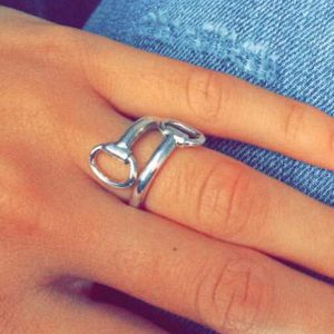 paarden ring - Million Horse - paarden sieraad – paarden ring zilver – Horsebit - Horsebit ring– million-horse – millionhorse – million-horses – ring laten maken– sieraad paard –paardensieraad – Horsebit Ring – 925 zilver – sterling zilver - silver