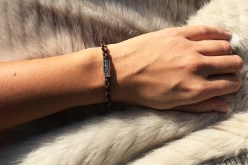 Million-Horse-banner blog-sfeer-paardenhaar-sieraad- Beloved Bracelet - RVS - sieraad - paardenhaar